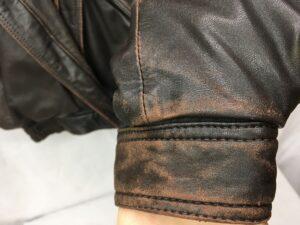 革ジャン 全体擦れ、小傷修理 染め直し