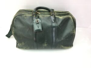 Louis Vuitton ヴィトン タイガ バッグ全体擦れ、傷修理 染め直し